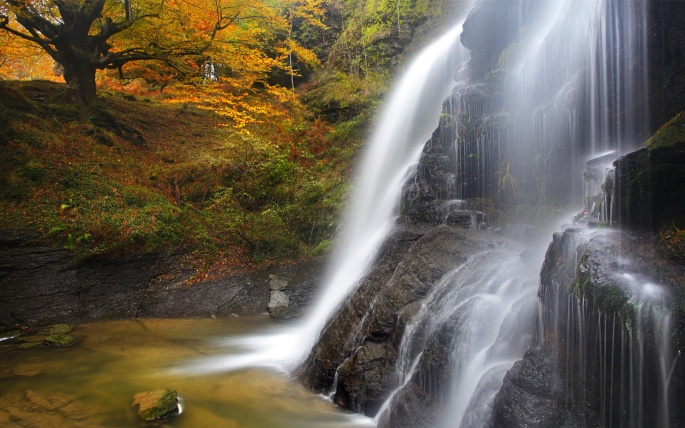 Водопады 2 (31 обоев)