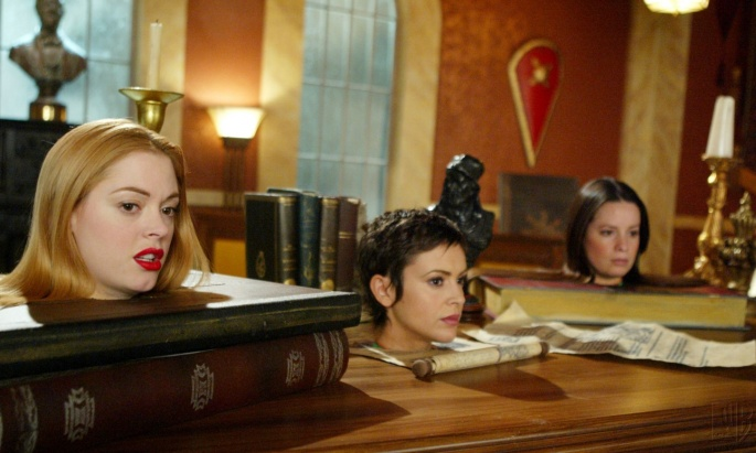 Сериал Charmed - Зачарованные (235 обоев)