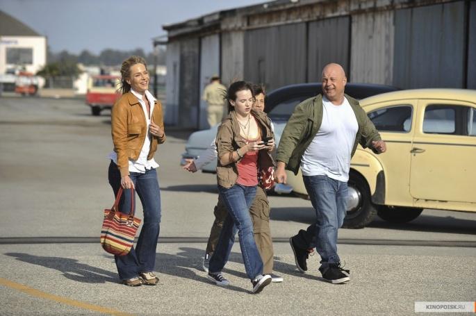 Сериал No Ordinary Family - Необычная семья (45 обоев)