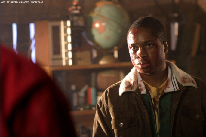 Сериал Smallville - Тайны Смолвиля (207 обоев)