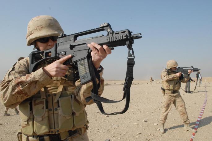 Солдаты в работе (25 обоев)