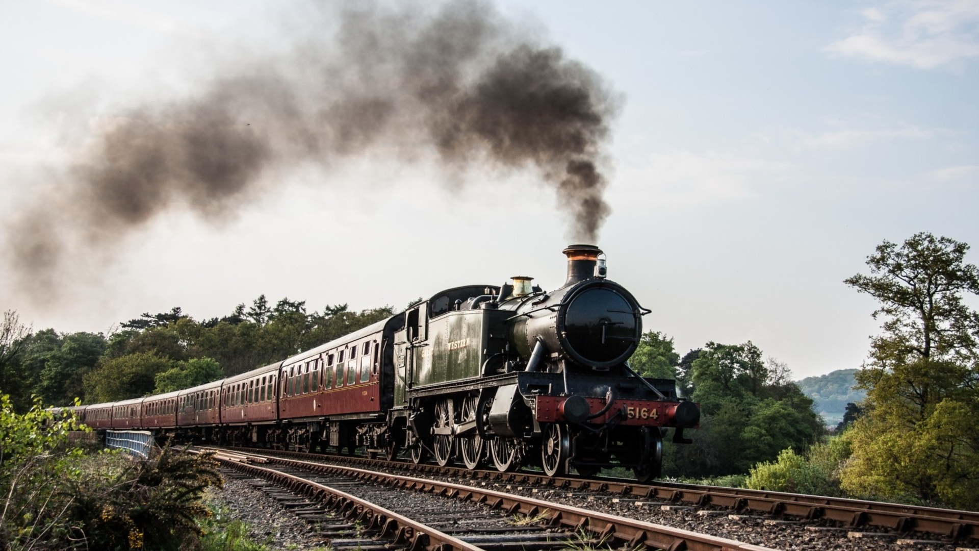 Обои на рабочий стол 1366х768 локомотив