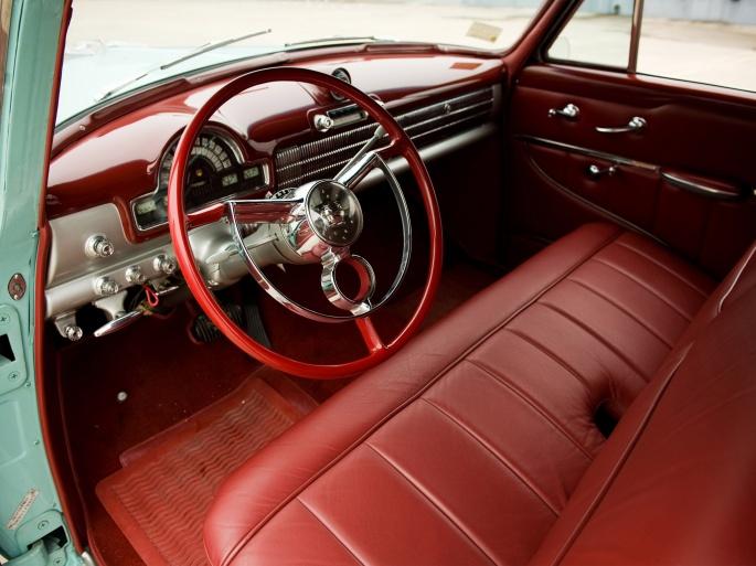 Интерьер автомобиля Oldsmobile (13 обоев)