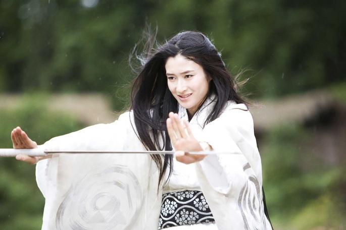 Японские актрисы. Koyuki (5 обоев)