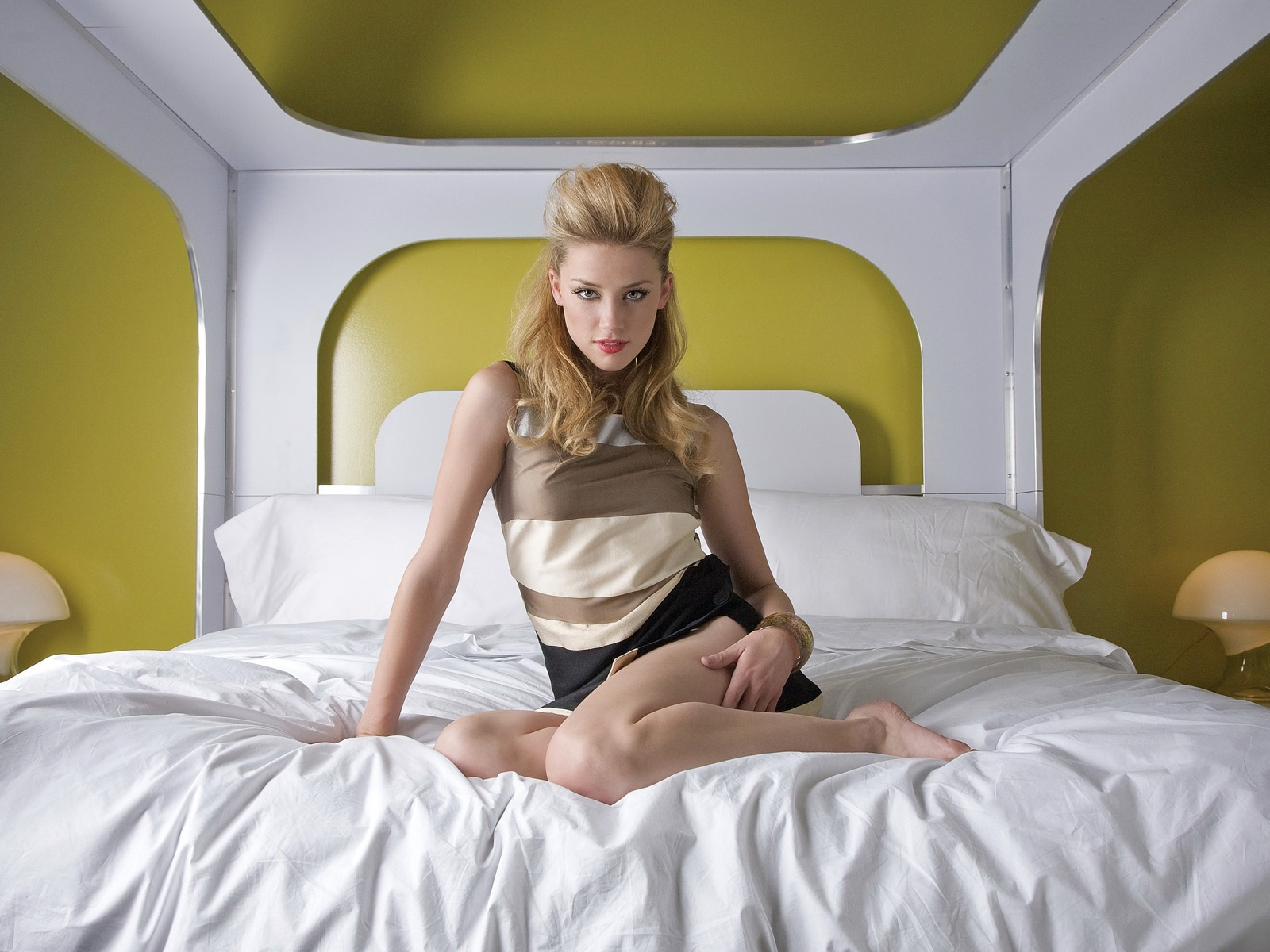 Amber Heard (Photoshoots) - Celebrity Pictures @ Your favorite Amber heard and gallery