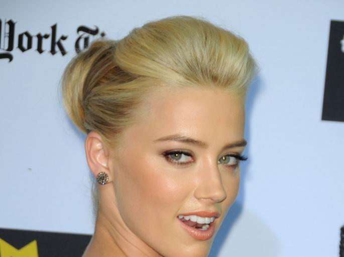 Amber Heard (Эмбер Хёрд) (156 обоев)