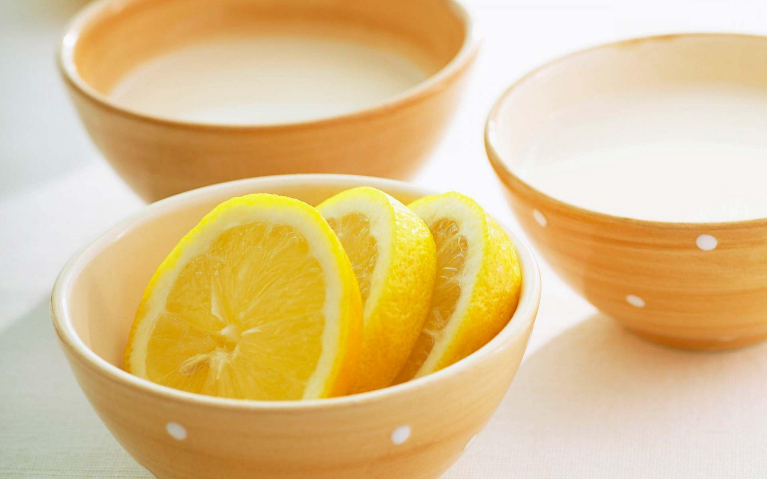 Маска для волос с лимоном и маслом для осветления