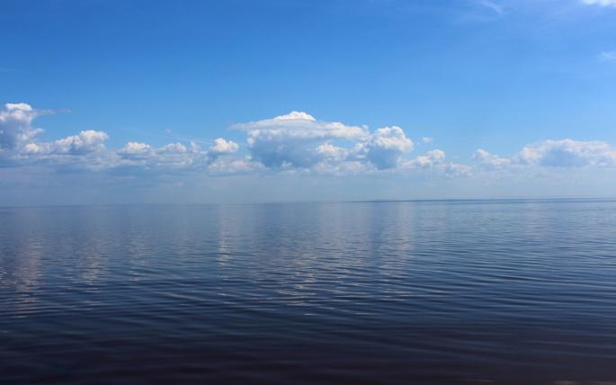 Красивые виды на воду. Часть 3 (48 обоев)