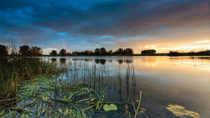 Озера (130 обоев)