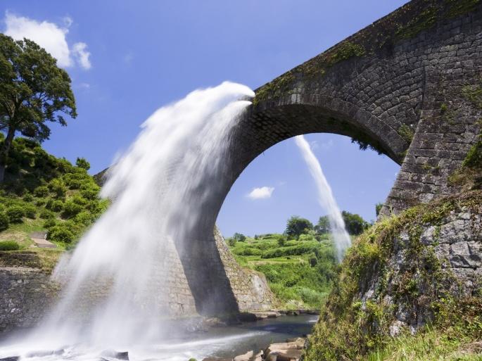 Водопады. Часть 4 (39 обоев)