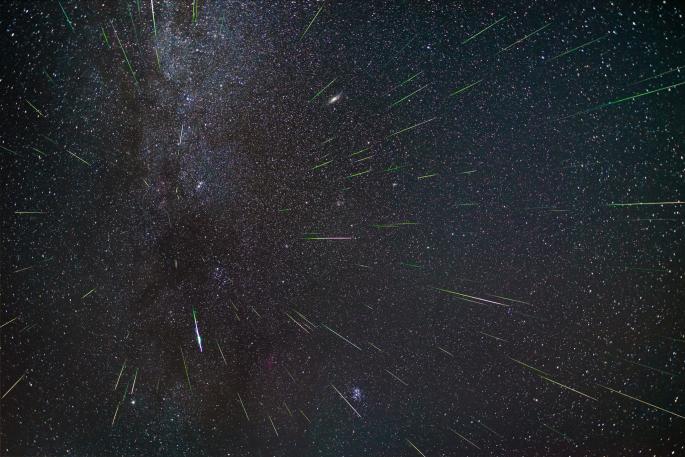 Метеориты (9 обоев)