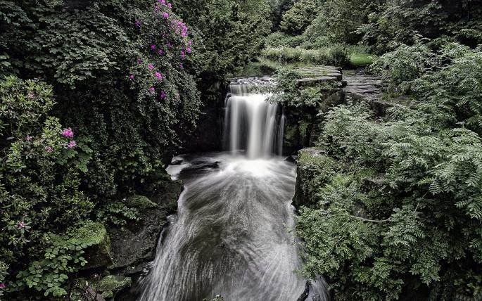 Водопады. Часть 5 (51 обоев)