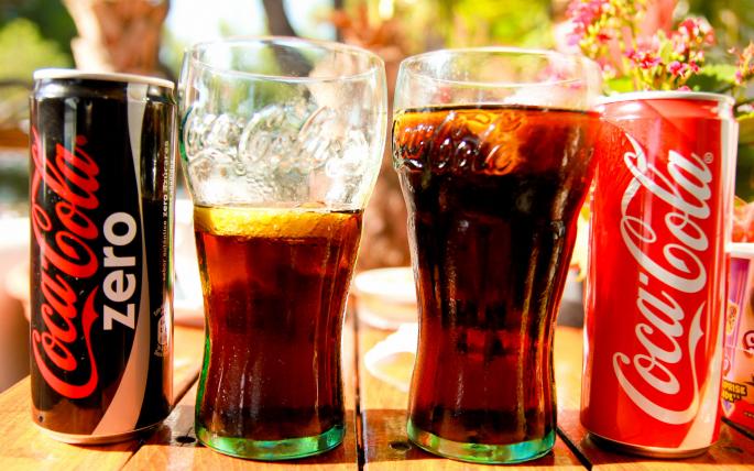 Кока Кола (73 обоев)