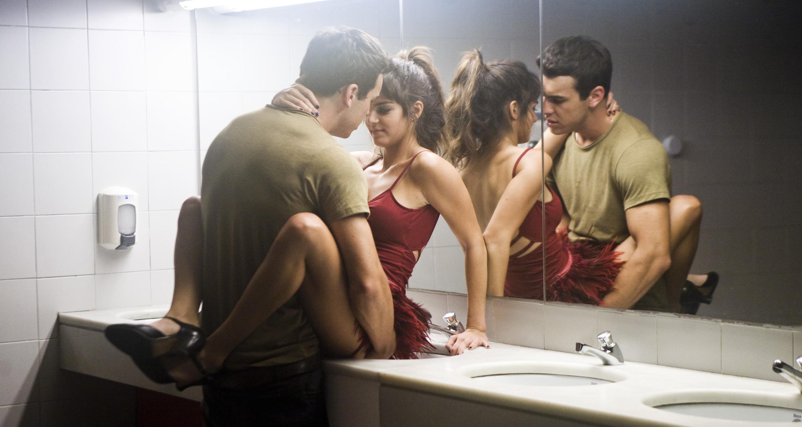 Смотреть русскую эротику про измены, Порно видео онлайн: РусскоеИзмена 7 фотография