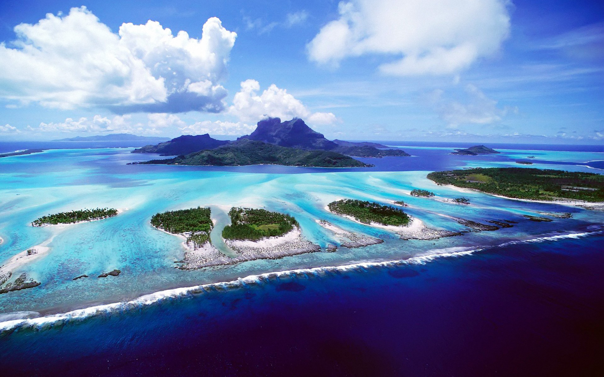 Обои Облака, остров. Природа